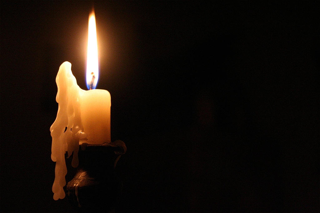 candle by Alorn