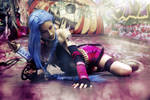 Jinx League of Legends cosplay by MissHatred