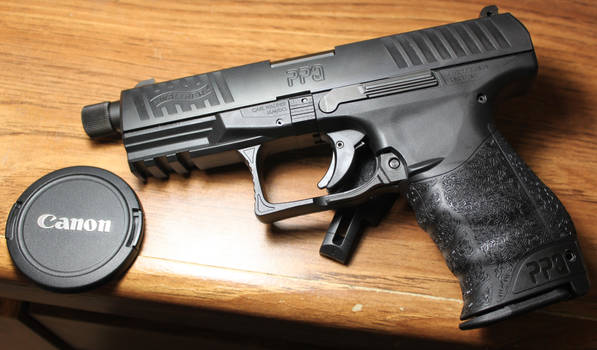 Walther PPQ Navy