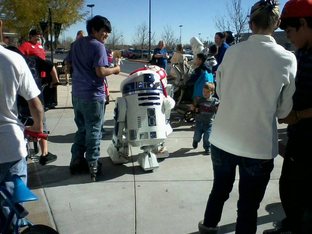 Starwars at Toys R Us by bluebellangel19smj
