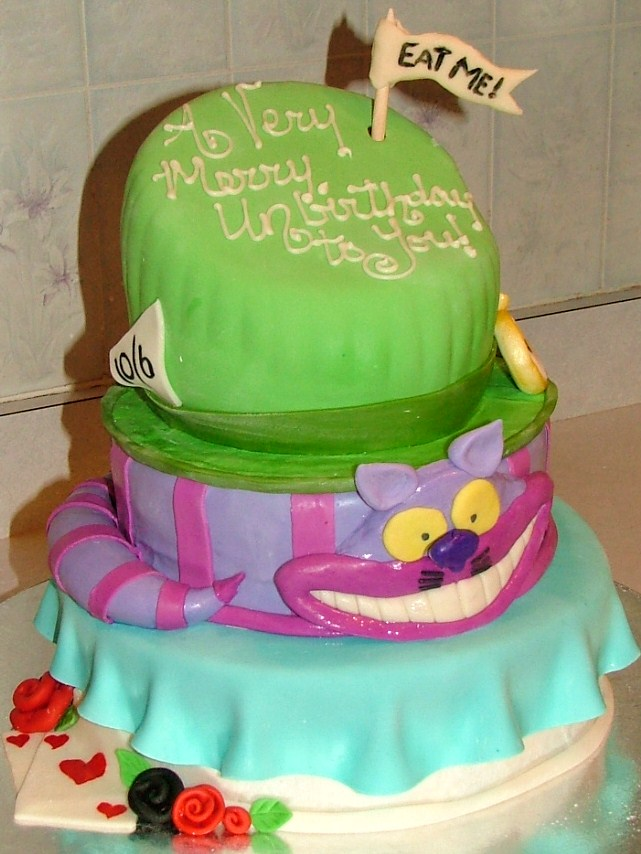 mad hatter cake by rubberpoultry