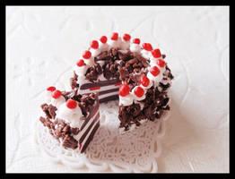Black Forest Cherry Cake by Shiritsu