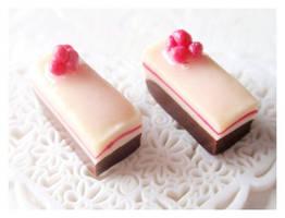 Chocolate Berry Cheesecake by Shiritsu