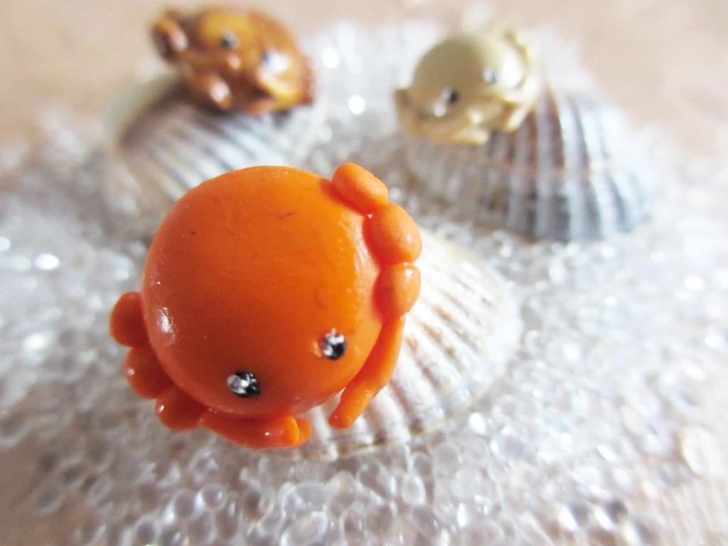 Crabs by Shiritsu