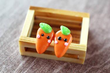 Carrot Earrings by Shiritsu