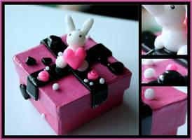 Pink Bunny Box by Shiritsu