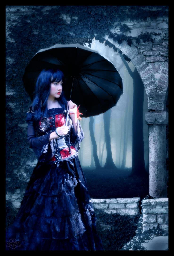 Dead Gardens by devildoll