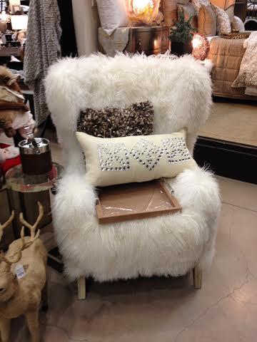 Bon Fluffy Chairs By FireclawandIceclaw ...