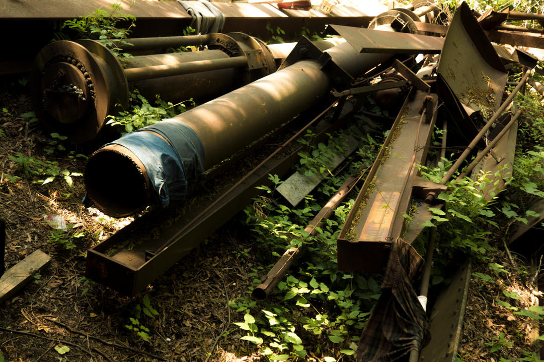 Abandoned Metal by WillyWonkaTheFearful