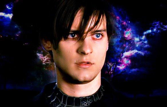 Tobey maguire black spiderman - photo#4