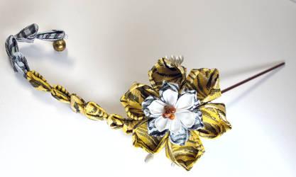 Tiger Lotus. pendulum piece.