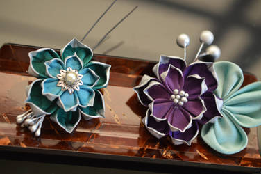 The Bridal Party in Lotuses. Teal and Purple.