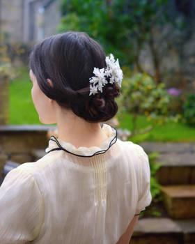 Girl with Snowflakes in her hair. Tsumami Zaiku.