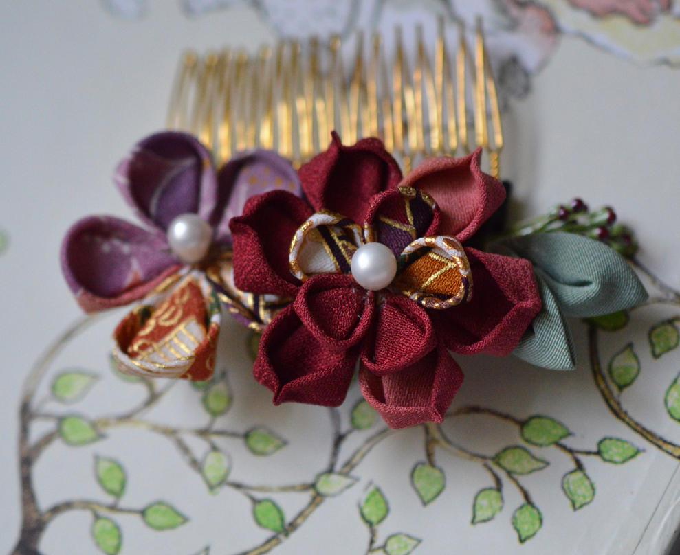 Kimono Fabric Flower. Small Lotus Comb. by hanatsukuri