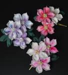 Shades of Azaleas tsmami zaiku. Kanzashi clips