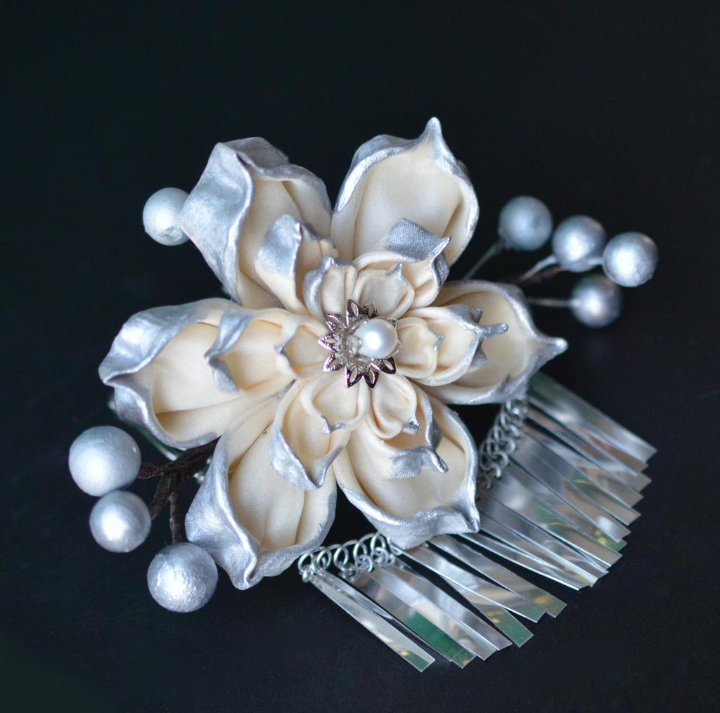 Cream and Silver Lotus for Wedding.  Hana Kanzashi