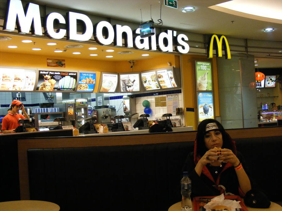 http://fc04.deviantart.net/fs46/i/2009/236/0/d/Itachi_in_the_McDonald__s_by_Konin_san.jpg