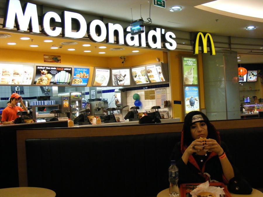 http://fc04.deviantart.net/fs46/i/2009/236/0/d/Itachi_in_the_McDonald__s_by_Konin_san.jpg