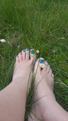 My Feet with Flowers by Lemontoes