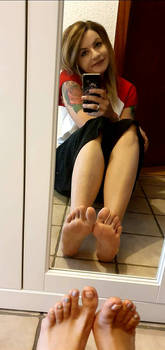 Show you my feet soles and toes