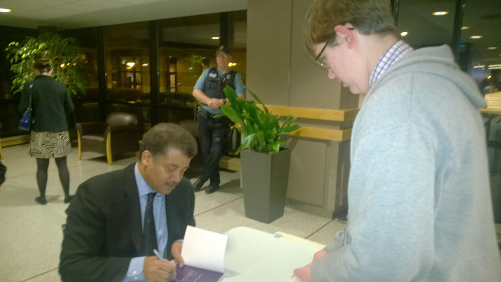 Meeting Neil DeGrasse Tyson by RedOctoberRising