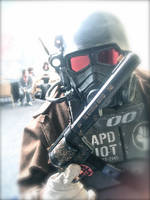 Showing off your gun, NCR Style by T-Squared12