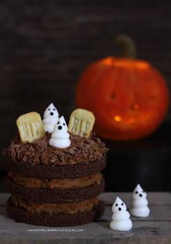 1:12 scale Halloween Cake