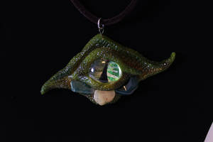 Green Dragon Eye Pendant by xyroca