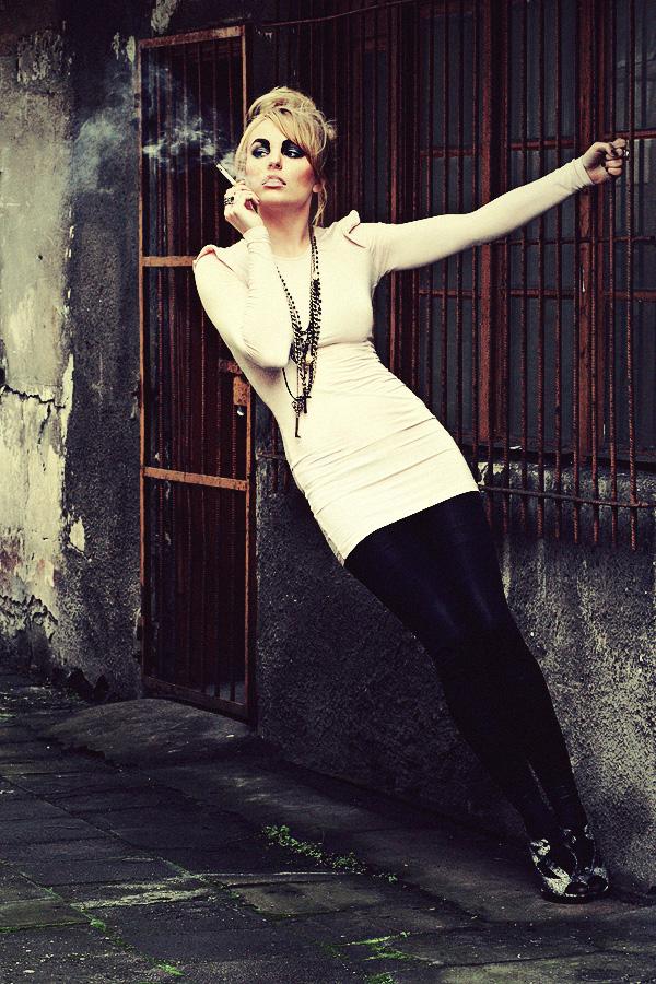 Caroline by Mijagiphotography