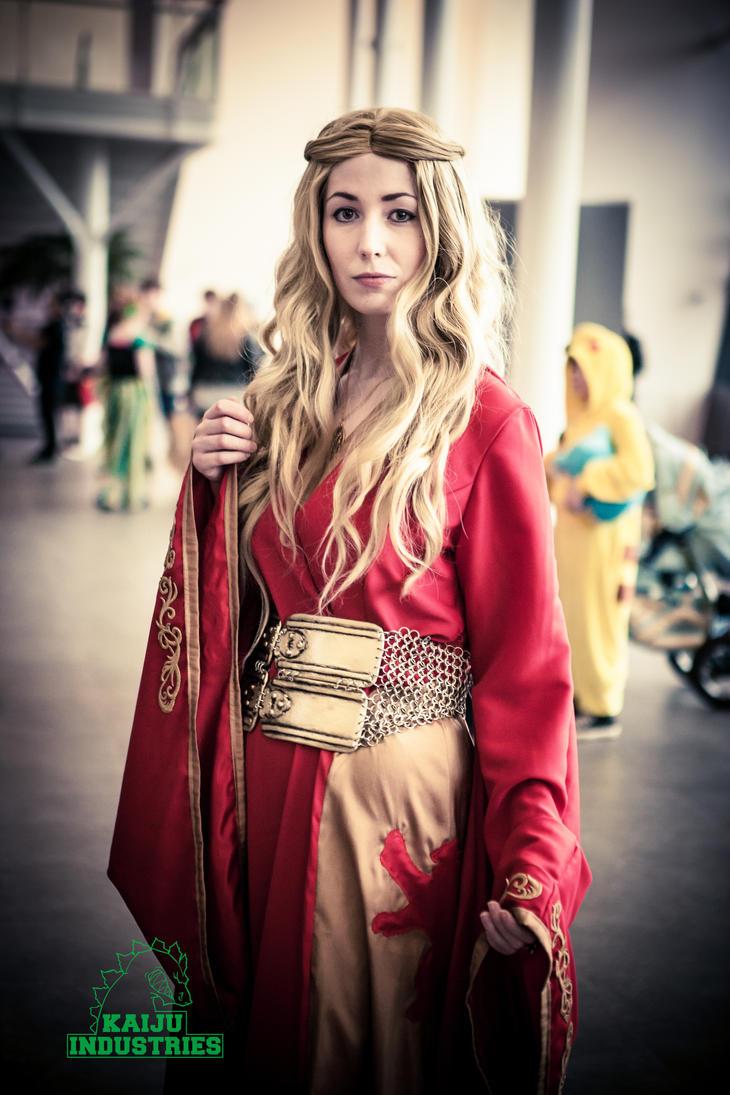 Queen Cersei by kunoichi-me