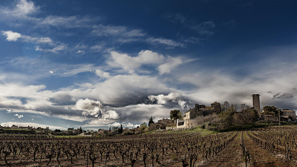 Panorama2 by Adisiat