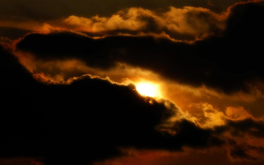 The Dawn Breaks by welshdragon