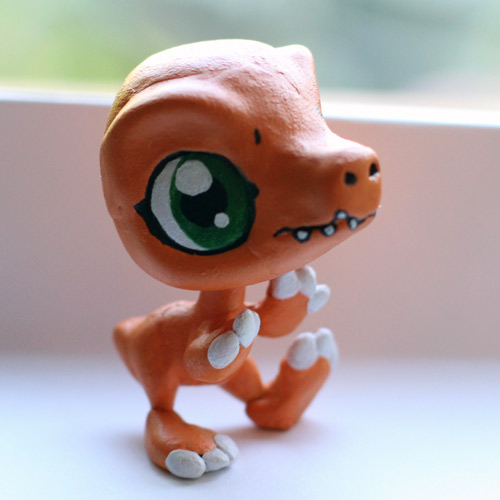 Agumon Littlest Pet Shiop custom by pia-chu