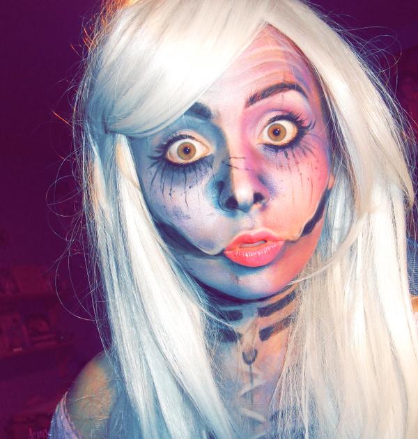 ZombieChic by Demachic