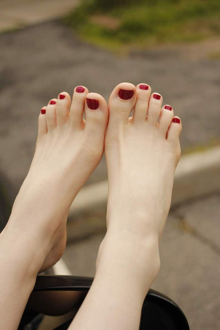 White Feet Fetish 105