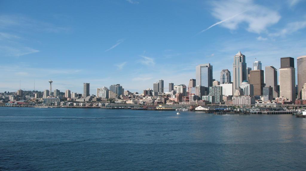 Hello Seattle by KiraNekoXIII