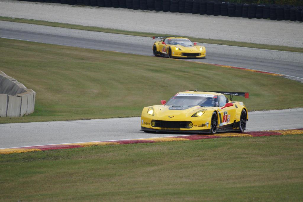 Corvette C7Rs by WickedWagon