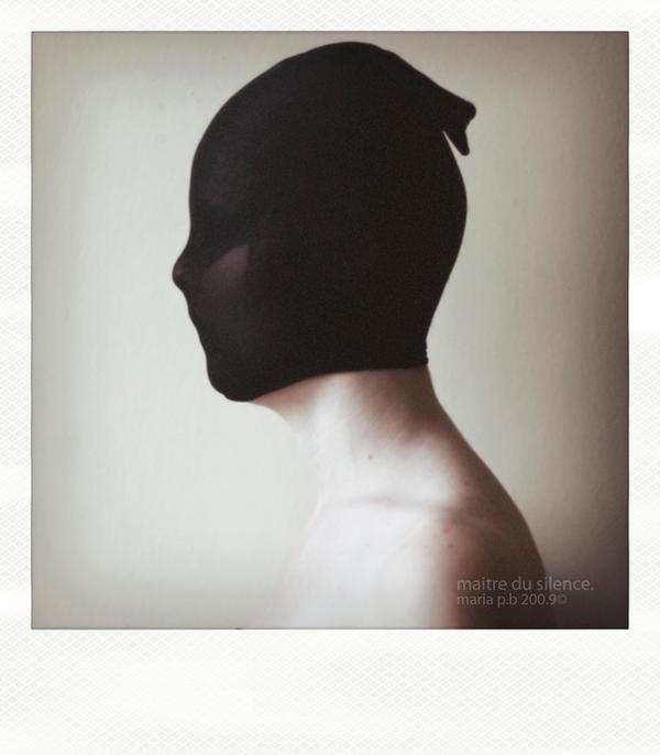 maitre du silence. by mute-nOface