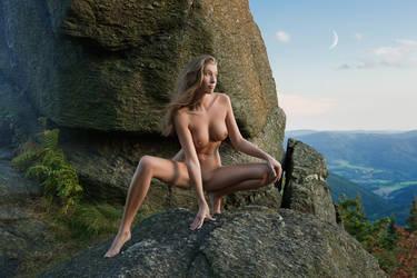 Moonkeeper by fotodesign1