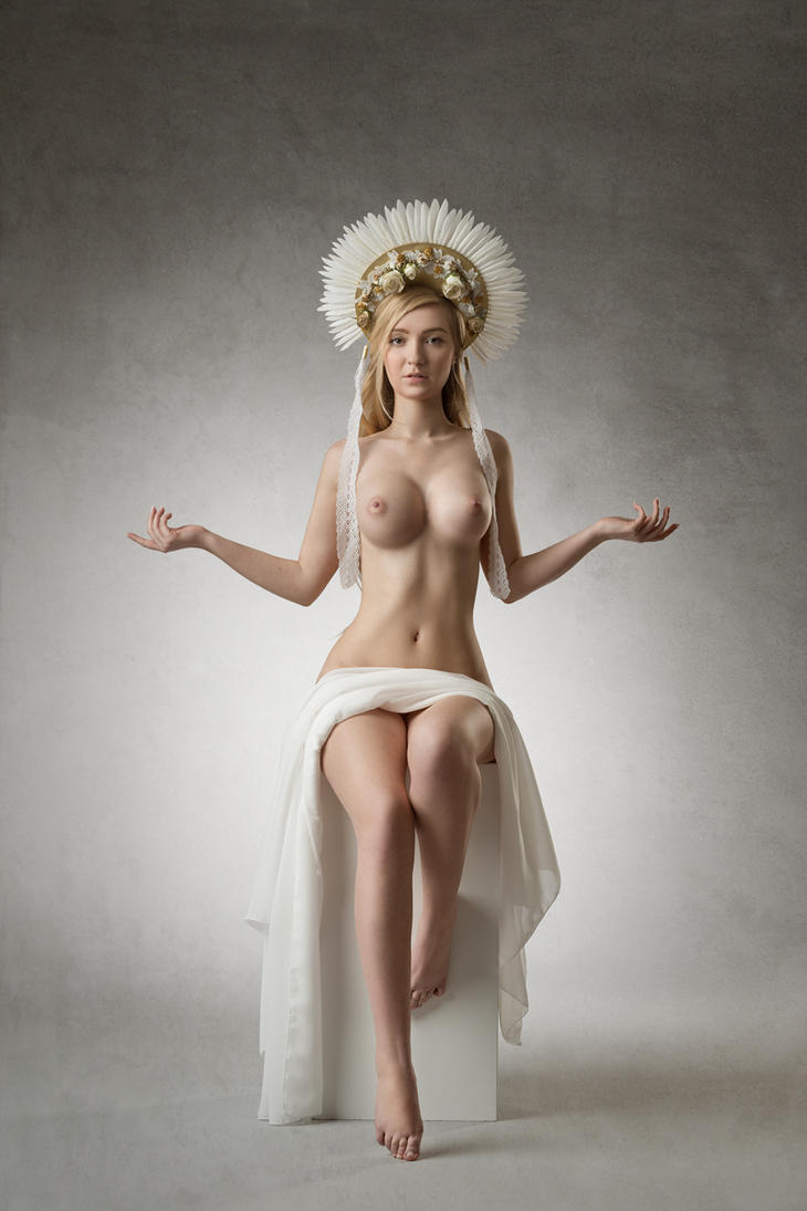 Fertility Goddess by fotodesign1