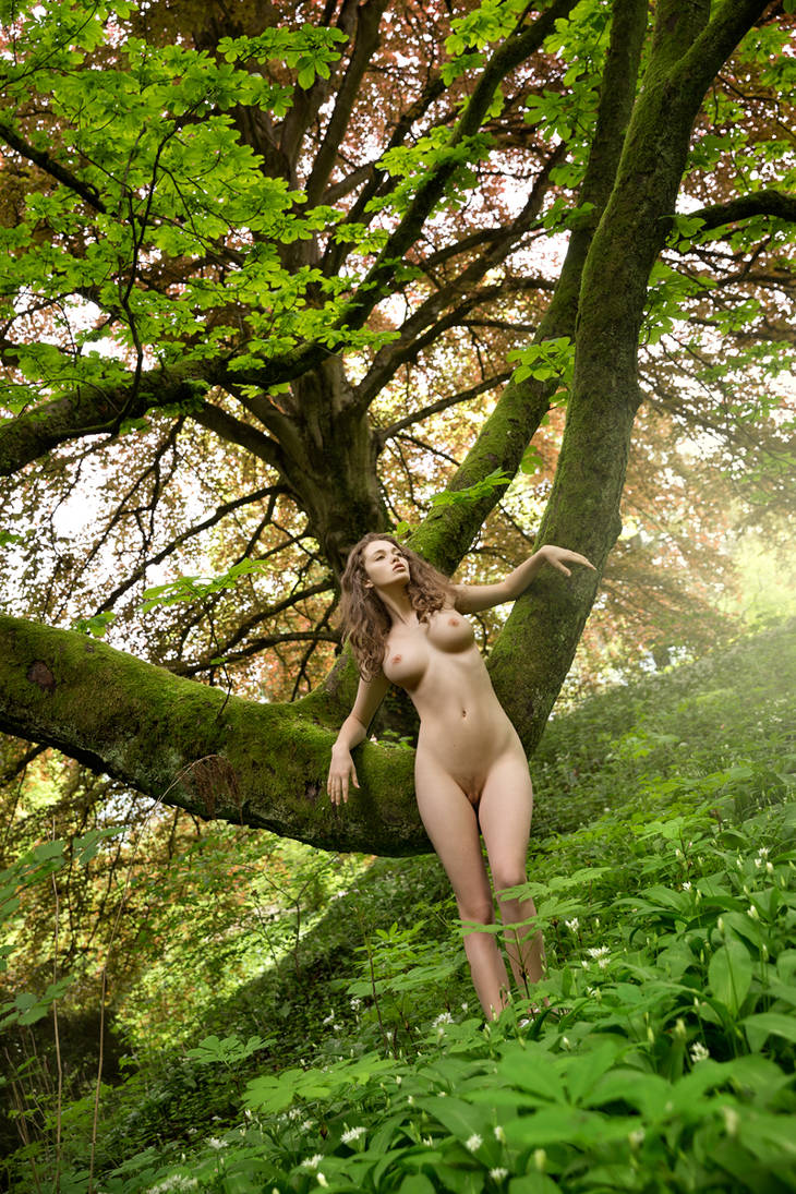Jungle Queen by fotodesign1