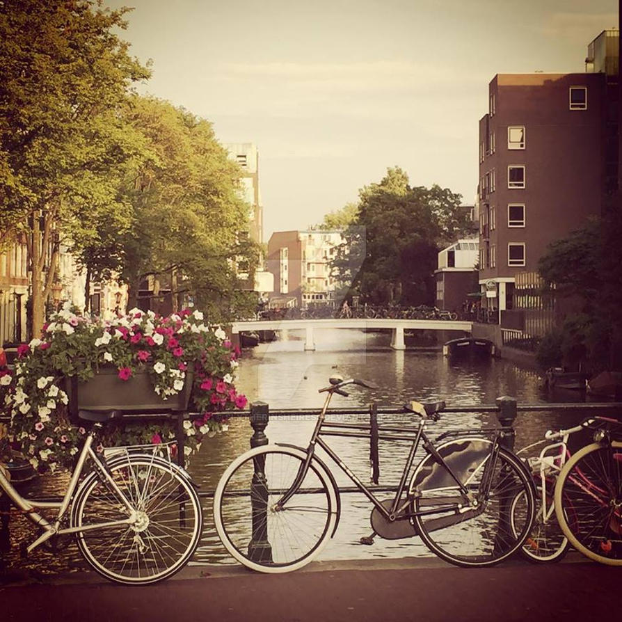 Amsterdam Canal by SlytherinsHeiress