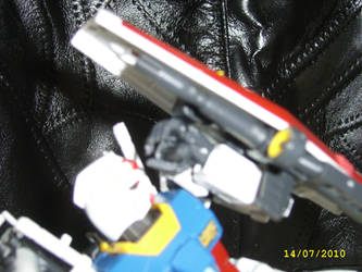 Real Grade RX-78-2 5 by LordCastigator