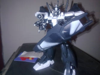 Linkin Park Gundam - Closeup by LordCastigator