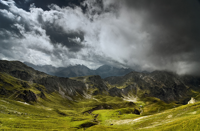 cloudy mountain phone wallpaper - photo #29