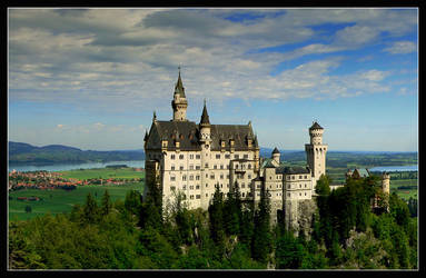 Neuschwanstein castle by mutrus
