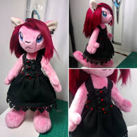 WIP Wednesday- Little Black Dress by SylenisArts