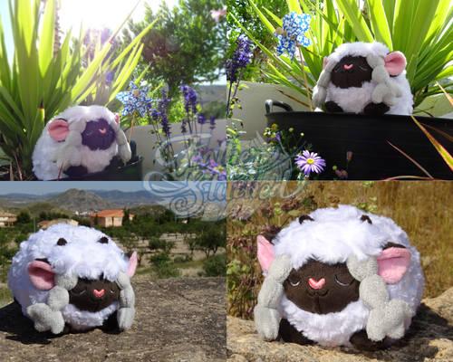 Wooloo Roll Plush