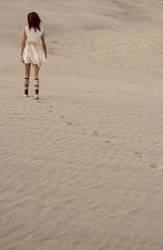 Morgiana (Magi) Steps in the sand