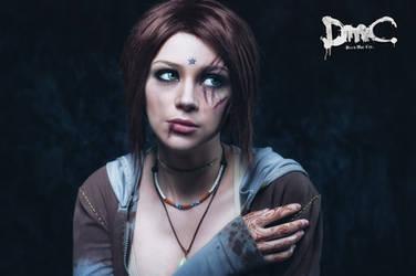 Kat - DmC cosplay by LuckyStrikeCosplay
